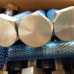 Didelės tiekiamos mechaninės tvirtinimo detalės Stiprus šešiabriaunis varžtas ir veržlė